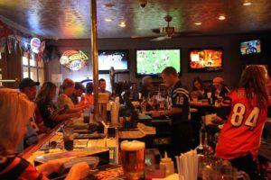 Winchells-Restaurant-Sports-Bar-Inside-1024x682